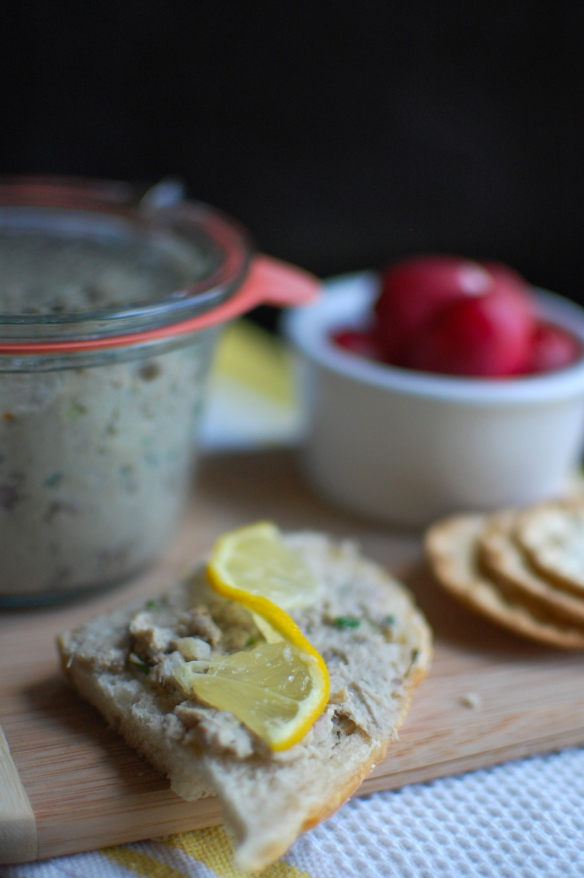 bread and rillettes